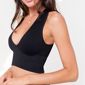 UO Hailey Seamless Plunging Bra Top